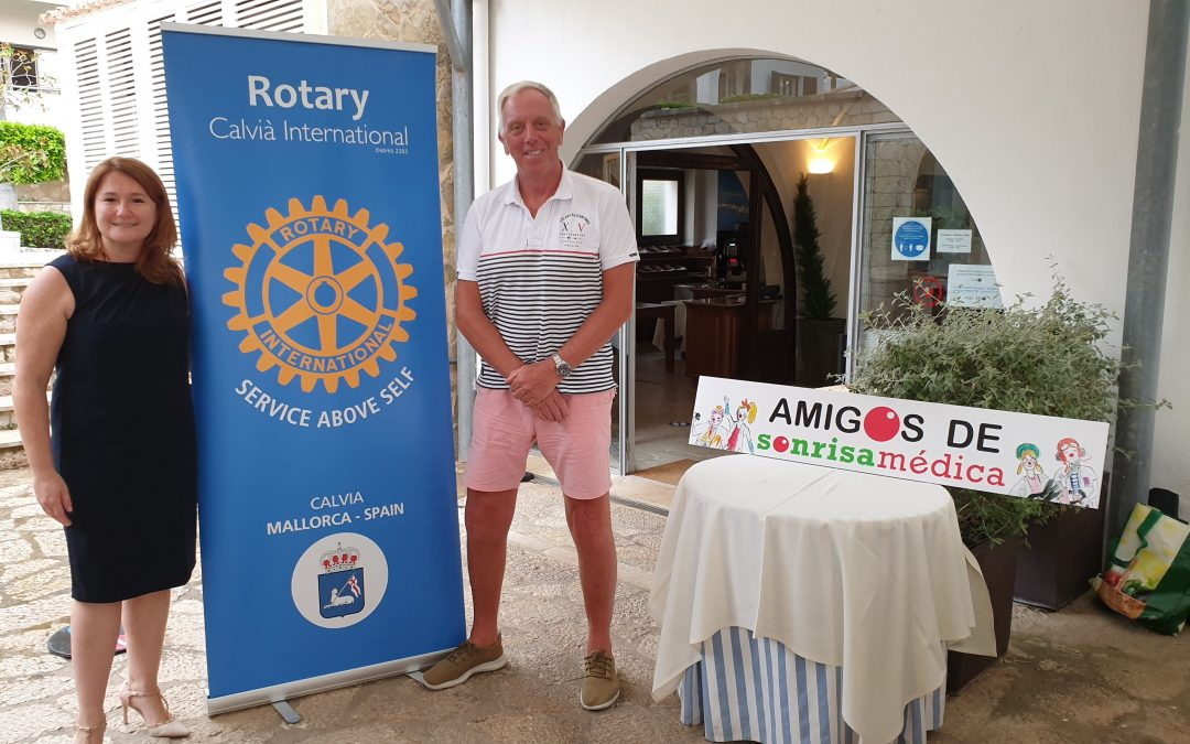 On Monday 26th July RCCI welcomed the very special presentation of Sonrisa Médica.